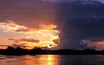 Xingu River sunset. Courtesy of Monti Aguirre/IRN.